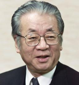 堺屋太一が83歳で死去。死因は?政治から作家(書籍)活動の功績まとめ。