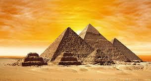 ピラミッドが建てられた目的(5つの説)と三角形の意味とは?